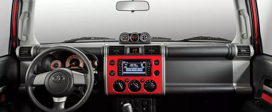 2017 Toyota FJ Cruiser Interior